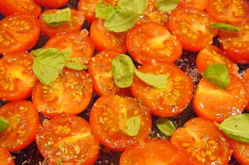 Pre-oven cherry tomatoes © Ciara Norton